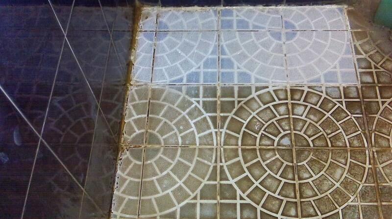 cara membersihkan keramik kamar mandi yang kusam (1)